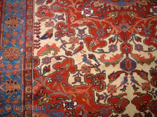 Very old persian Tafresh! Size: 139 x 194 cm. Finest knotting. Excellent wool.