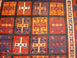 Old interesting and rare Luri main carpet. Size: 144 x 217 cm. Very good condition. Shiny wool. Nice colors.