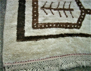 antique Obruk Yatak / Tülü rug. Size: 131 x 181 cm. Some repairs. Used.