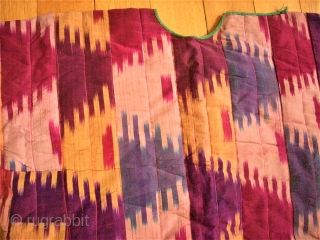 Usbek Dress. Silk Ikat. Size: 97 x 75 cm.