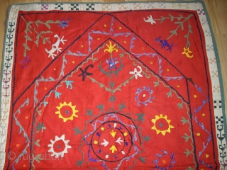 Old Usbek Prayer Suzani. Size: 100 x 64 cm. Very fine and rare piece. Top condition.