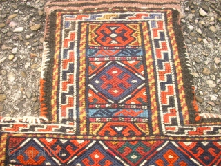 Old kordi Quchan sumakh saltbag. Size: 41 x 54 cm. Very good condition. nice bagside. Shiny colors.