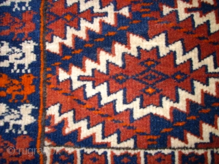 Pair of turkmen Asmalyk. Size: 61 x 45 cm.