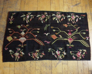 """ANTIQUE BESSARABIAN KELIM FRAGMENT.  NEAT FLAT WEAVE WITH VIBRANT NATURAL COLOR.  GOOD CONDITION.  LATE 19TH C. WEAVING.  3'  X  4' 10"""""""