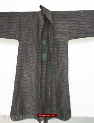 Antique Himalayan / Tibetan Coat with superfine Pangden Style Weave.  More details: https://wovensouls.com/products/1164-antique-tibetan-coat-with-superfine-pangden-style-weave