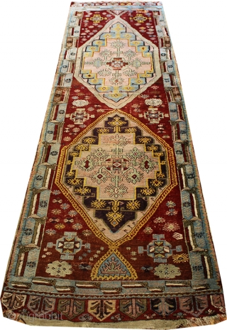 ANTIQUE MUCUR CARPET.PURE WOOL.OVER 130 YEARS OLD  ALL NATURE COLOR.CENTRAL TURKEY  373X100 CM (12'2''X3'3'')