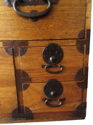 Japanese 2Section Kiri Tansu Japanese 2 section Kiri (paulownia) isho tansu, or clothing chest of drawers. With hand forged iron hardware and pulls with chrysanthemum studs beneath. The top and sides of each  ...