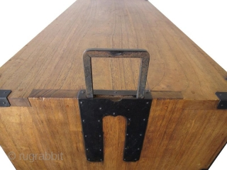 Antique Japanese Kasane Tansu (Stacking Chest on Chest) Kirinoki Meiji  An antique Japanese Kimono Kasane Tansu (stacking chest on chest) made entirely of Kirinoki (Paulownia) wood. Original hand made iron fittings with an  ...