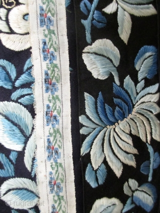 Chinese Antique Silk Robe With Blue Butterflies   Chinese antique silk women's robe, embroidered with butterflies and flowers, with elaborate butterflies and fruit in forbidden stitch with gold thread details on a dark, blue  ...