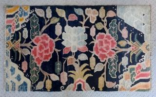 "No.R165 * Tibetan Antique ""Flower Design"" Rug. Age:Late 19th/20th Century. Size:91x152cm(3'x5').wool/wool.Origin:Tibetan.Shape:Rectangle.Background Color:Blues."